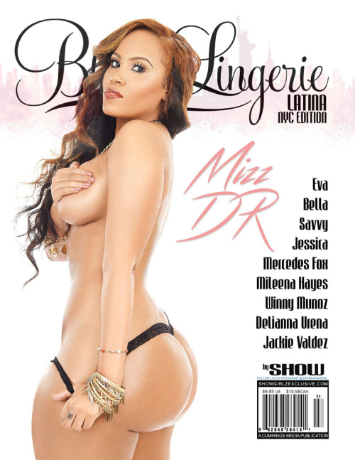 1432714308_black-lingerie-issue-25-2015-1